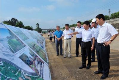邕江综合整治和开发利用工程(南岸:清川大桥-五象大桥)开工建设